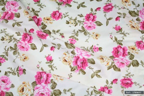Vintage Floral Pink Roses 100% Cotton Fabric (per meter)